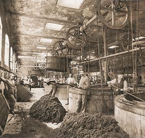 Erfgoed balsan medewerkers oude fabriek chateauroux